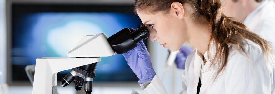 Le développement du métier de Biologiste